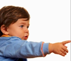 señalar e1395671647733 Autismo: detectando señales de alerta en el hogar